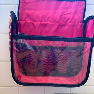 thirty-one Bags - NWT ThirtyOne 31 Hanging Travel Bag Beauty Case